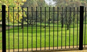 Изготавливаем забор-решетку своими руками