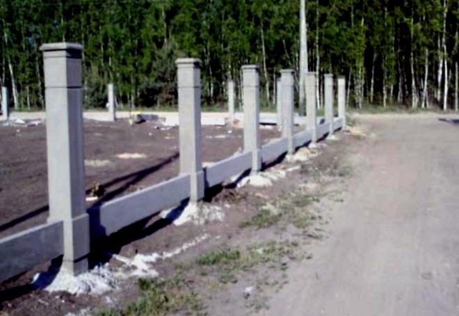 столбы для забора бетонные